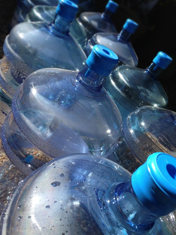 Extension of the deadline for the implementation of the regulation on bottled water
