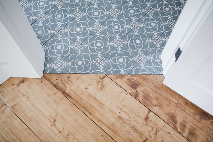 The first standards for floor coverings in Russia has been approved